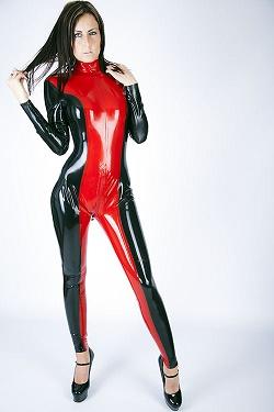 Latex catsuit met twee kleuren